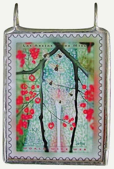 Abejas de Miel pendant by Lisa Rivas